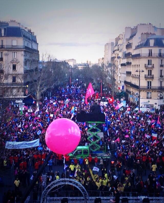 Intervento di jacopo coghe presidente del la manif pour for Parigi a febbraio
